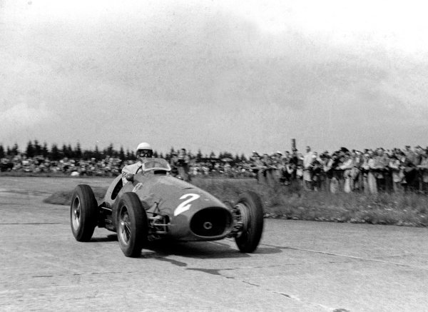 1953 German Grand Prix.  Nurburgring, Germany. 2nd August 1953. Giuseppe Farina (Ferrari 500 4), 1st position, action. World Copyright: LAT Photographic. Ref: 53/81 - 8.
