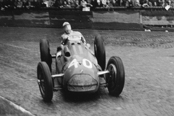 1951 Swiss Grand Prix.Bremgarten, Berne, Switzerland. 27 May 1951.Guy Mairesse (Lago-Talbot T26C). Ref-C29191.World Copyright - LAT Photographic