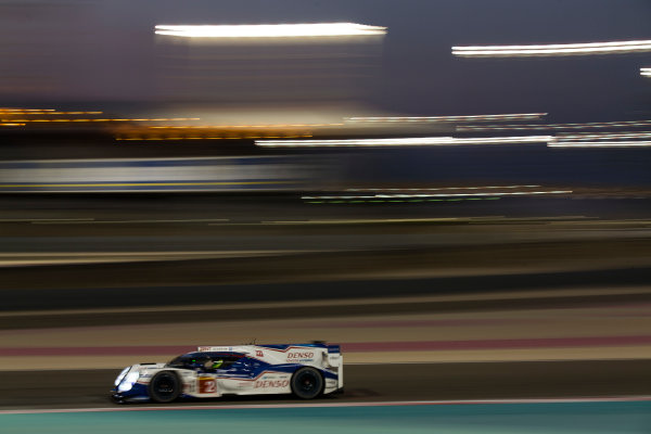 2015 FIA World Endurance Championship Bahrain 6-Hours Bahrain International Circuit, Bahrain Saturday 21 November 2015. Alexander Wurz, St?phane Sarrazin, Mike Conway (#2 LMP1 Toyota Racing Toyota TS 040 Hybrid). World Copyright: Sam Bloxham/LAT Photographic ref: Digital Image _SBL5553