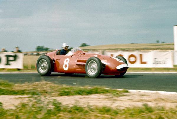 1956 French Grand Prix.Reims, France.29/6-1/7 1956.Piero Taruffi (Maserati 250F).Ref-56 FRA 11.World Copyright - LAT Photographic