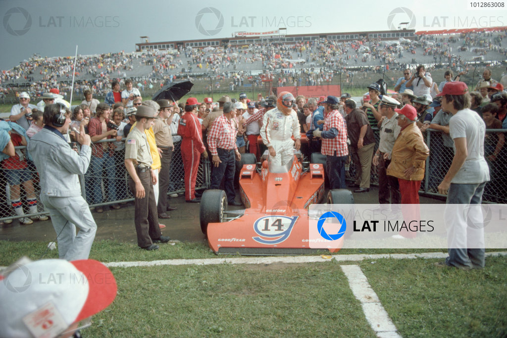 1975 USAC Indycar Series.