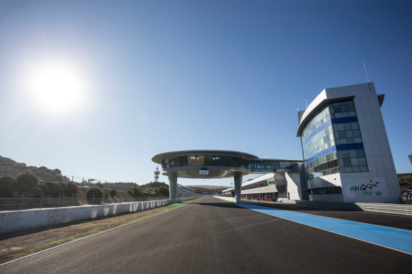 2017 FIA Formula 2 Round 10. Circuito de Jerez, Jerez, Spain. Thursday 5 October 2017. Main straight. Photo: Andrew Ferraro/FIA Formula 2. ref: Digital Image _FER8157