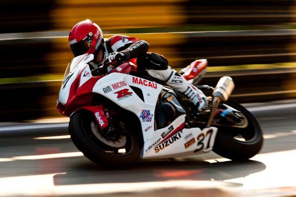 19th - 22nd November 2009. Circuit de Guia, Macau. James Hillier, (AIM Racing). Action. World Copyright: Drew Gibson/LAT Photographic.ref: Digital Image _Y2Z2171