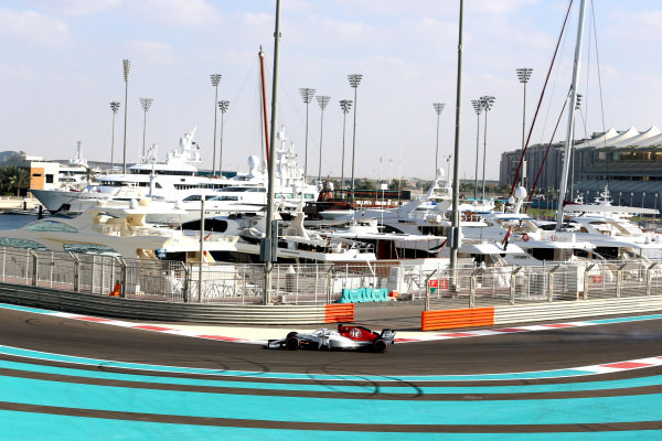 Kimi Raikkonen, Alfa Romeo Sauber C37 Kimi Raikkonen, Alfa Romeo Sauber C37