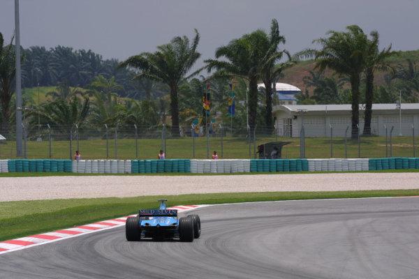 2001 Malaysian Grand Prix.Sepang, Kuala Lumpur, Malaysia.16-18 March 2001.A rear shot of a Benetton B201 Renault.World Copyright - LAT PhotographicRef-8 9MB Digital