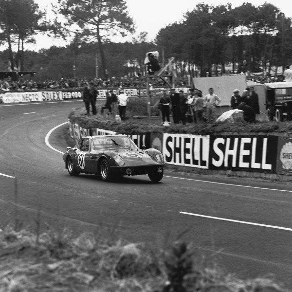 Le Mans, France. 18th - 19th June 1966. Spartaco Dini/Ignazio Giunti (ASA RB613), retired, action. World Copyright: LAT Photographic Ref:  35043.