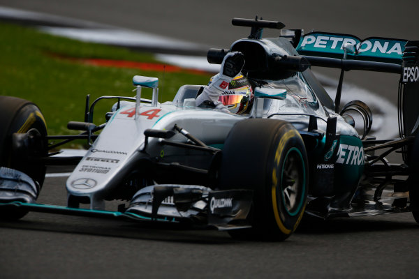 Silverstone, Northamptonshire, UK Friday 8 July 2016. Lewis Hamilton, Mercedes F1 W07 Hybrid, waves to the fans from the driving seat. World Copyright: Hone/LAT Photographic ref: Digital Image _ONY8040