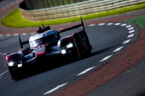 2016 Le Mans 24 Hours. Circuit de la Sarthe, Le Mans, France. Sunday 19 June 2016. Audi Sport Team Joest / Audi R18 - Lucas Di Grassi (BRA), Loic Duval (FRA), Oliver Jarvis (GBR).  World Copyright: Zak Mauger/LAT Photographic ref: Digital Image _79P8676