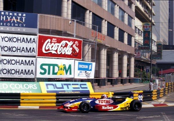 Jenson Button (GBR) Promatecme finished in 2nd place overall. Macau Formula 3 Grand Prix, Macau, Hong Kong, 21 November 1999.