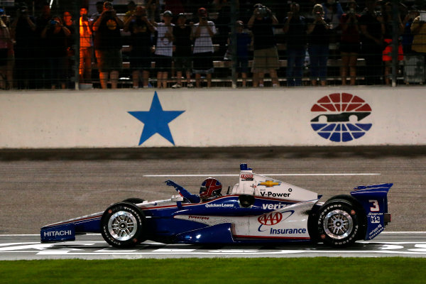 7-8 June, 2013, Fort Worth, Texas USA Helio Castroneves runs out of fuel after the final lap ©2013, Lesley Ann Miller LAT Photo USA