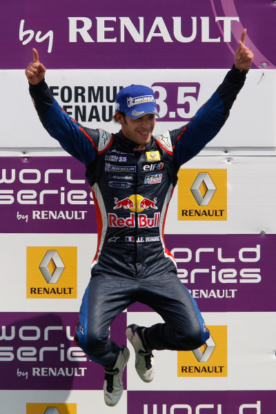 FRANCORCHAMPS, BELGIUM - 1 MAY 2011: Jean Eric Vergne (FRA), #5 Carlin, celebrates his victory on the podium during race 2 for round 2 of the Formula Renault 3 5 Series during the World Series by Renault weekend at Circuit de Spa-Francorchamps. podium © 2011 Ronald Fleurbaaij / LAT Photographic