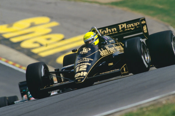 1986 British Grand Prix. Brands Hatch, England. 11th - 13th July 1986. Ayrton Senna (Lotus 98T-Renault), retired, action. World Copyright: LAT Photographic. Ref:  86GB69.