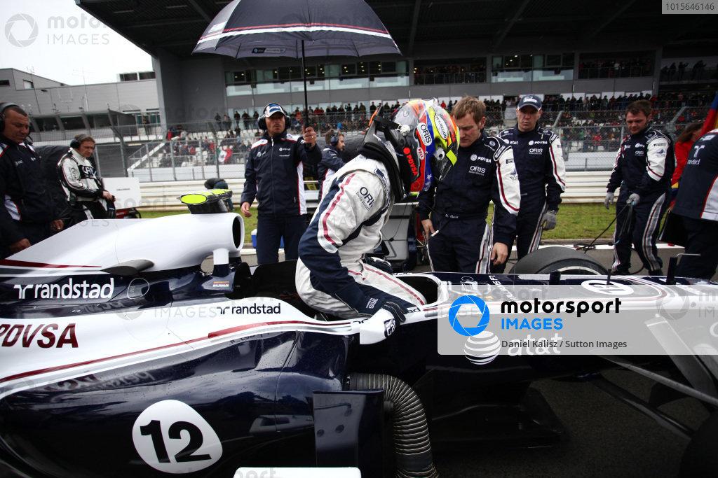 Pastor Maldonado (VEN) Williams FW33.  Formula One World Championship, Rd 10, German Grand Prix, Race, Nurburgring, Germany, Sunday 24 July 2011.