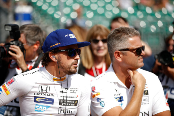 Verizon IndyCar Series Indianapolis 500 Qualifying Indianapolis Motor Speedway, Indianapolis, IN USA Saturday 20 May 2017 Fernando Alonso, McLaren-Honda-Andretti Honda, Gil de Ferran World Copyright: Michael L. Levitt LAT Images