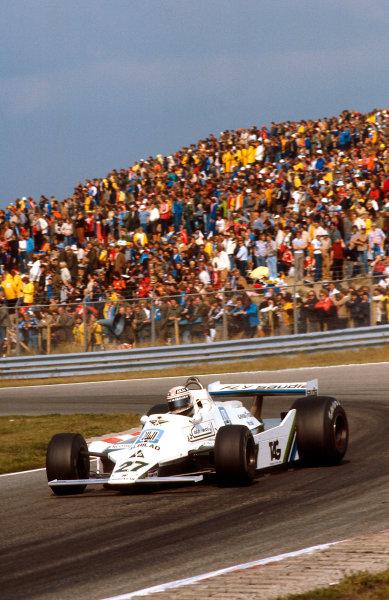 1979 Dutch Grand Prix.Zandvoort, Holland.24-26 August 1979.Alan Jones (Williams FW07 Ford) 1st position.Ref-79 HOL 10.World Copyright - LAT Photographic