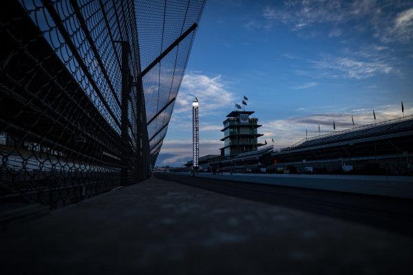 Sunrise, empty track, pagoda, scoring pylon, Simon Pagenaud, Team Penske Chevrolet