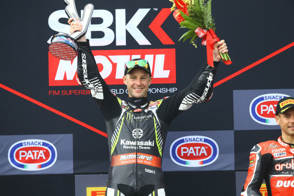 Podium: race 1 winner Jonathan Rea, Kawasaki Racing Team.