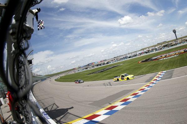 #88: Matt Crafton, ThorSport Racing, Ideal Door/Menards Ford F-150