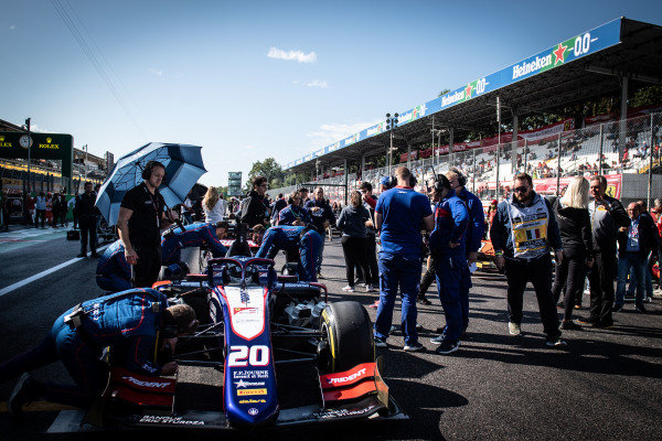 AUTODROMO NAZIONALE MONZA, ITALY - SEPTEMBER 08: Giuliano Alesi (FRA, TRIDENT) during the Monza at Autodromo Nazionale Monza on September 08, 2019 in Autodromo Nazionale Monza, Italy. (Photo by LAT Images / FIA F2 Championship)