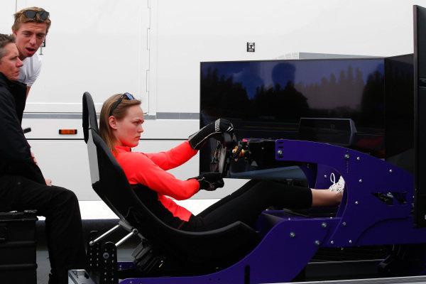 Sarah Moore (GBR), on the simulator