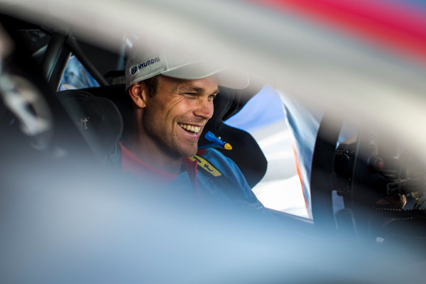 2017 FIA World Rally Championship, Round 13, Rally Australia 2017, 16-19 November 2017, Andreas Mikkelsen, Hyundai, portrait, Worldwide Copyright: LAT/McKlein
