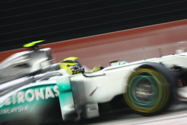 Marina Bay Circuit, Singapore.24th September 2011.Nico Rosberg, Mercedes GP W02. Action. World Copyright: Andy Hone/LAT Photographicref: Digital Image CSP28089