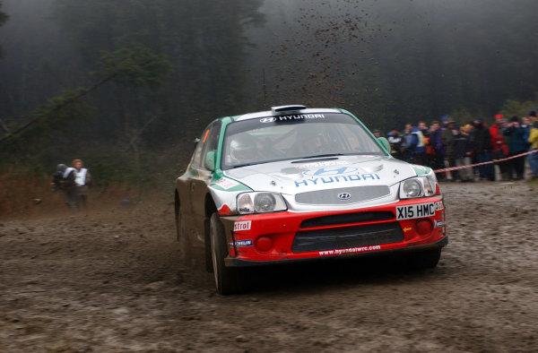 2001 FIA World Rally Championship.Rally of Great Britain. Cardiff, Wales. November 22-25, 2001.Alister McRae during shakedown.Photo: Ralph Hardwick/LAT