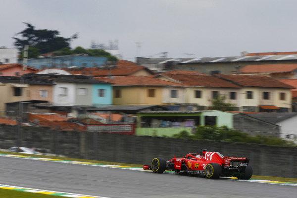 Sebastian Vettel, Ferrari SF71H.