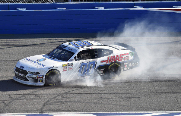 #00: Cole Custer, Stewart-Haas Racing, Ford Mustang Thompson Pipe/Haas CNC celebrates his win