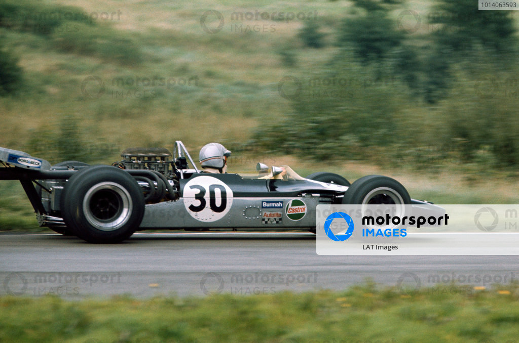 1970 International Gold Cup.  Oulton Park, Cheshire, England. 22nd August 1970.  Frank Gardner, Lola T190 Ford.  Ref: 70GC08. World Copyright: LAT Photographic