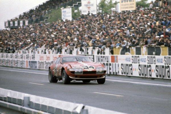 1972 Le Mans 24 hours.Le Mans, France. 10-11 June 1972.Michael Parkes/Jean-Louis Lafosse (Ferrari 365GTB4), 7th position.World Copyright: LAT PhotographicRef: 35mm transparency 72LM07