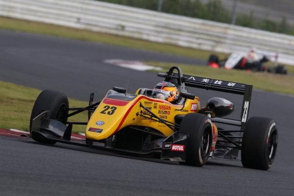 2017 Japanese Formula 3 Championship Autopolis, Japan. 8th - 9th September 2017. Rd 17 & 18. 3rd position Mitsunori Takaboshi ( #23 B-MAX NDDP F3 ) action World Copyright: Masahide Kamio / LAT Images Ref: 2017_JF3_Rd17&18_013