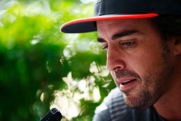 Sepang International Circuit, Sepang, Malaysia. Thursday 28 September 2017. Fernando Alonso, McLaren.  World Copyright: Andy Hone/LAT Images  ref: Digital Image _ONZ8749