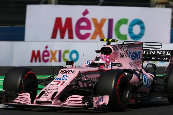 Autodromo Hermanos Rodriguez, Mexico City, Mexico. Friday 27 October 2017. Esteban Ocon, Force India VJM10 Mercedes. World Copyright: Charles Coates/LAT Images  ref: Digital Image AN7T8461