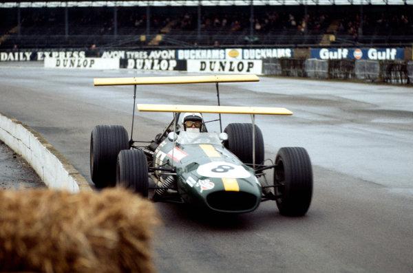 1969 International Trophy.  Silverstone, England. 30th March 1969.  Jack Brabham, Brabham BT26A Ford, 1st position.  Ref: 69IT01. World Copyright: LAT Photographic