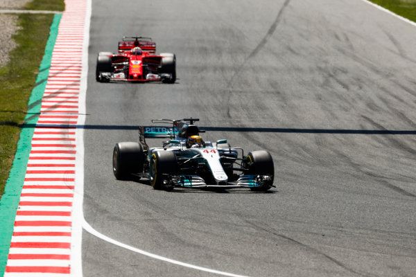 Circuit de Catalunya, Barcelona, Spain. Sunday 14 May 2017. Lewis Hamilton, Mercedes F1 W08 EQ Power+, leads Sebastian Vettel, Ferrari SF70H. World Copyright: Glenn Dunbar/LAT Images ref: Digital Image _X4I8891