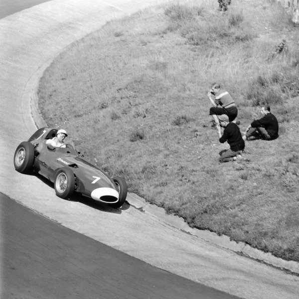 1958 German Grand Prix.Nurburgring, Germany. 1-3 August 1958.Stirling Moss (Vanwall) at the Karussel.World Copyright: LAT Photographic.Ref: B&W Negative 2316 (Exhibition). 60mb Scan