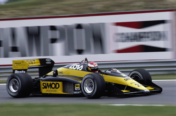 Adrian Campos, Minardi M187 Motori Moderni.
