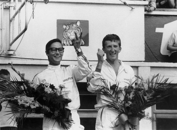 1965 Le Mans 24 Hours. Le Mans, France. 19th - 20th June 1965. Masten Gregory/Jochen Rindt, Ferrari 250LM, 1st position, podium. World Copyright: LAT Photographic Ref: 165J - 25/25A.
