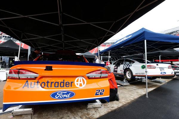 Monster Energy NASCAR Cup Series Food City 500 Bristol Motor Speedway, Bristol, TN USA Friday 21 April 2017 Joey Logano World Copyright: Matthew T. Thacker LAT Images ref: Digital Image 17BMS1mt1000