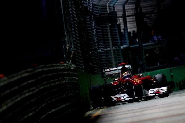 Marina Bay Circuit, Singapore.24th September 2011.Fernando Alonso, Ferrari 150° Italia. Action. World Copyright:Glenn Dunbar/LAT Photographicref: Digital Image _G7C6557
