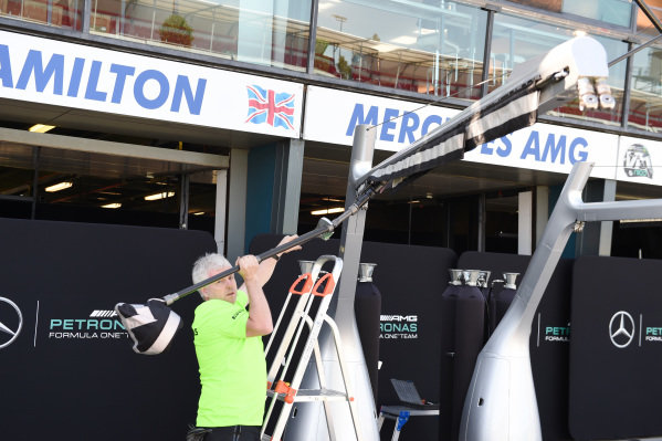 Mercedes AMG F1 team at Formula One World Championship, Rd1, Australian Grand Prix, Preparations, Albert Park, Melbourne, Australia, Wednesday 11  March 2015.