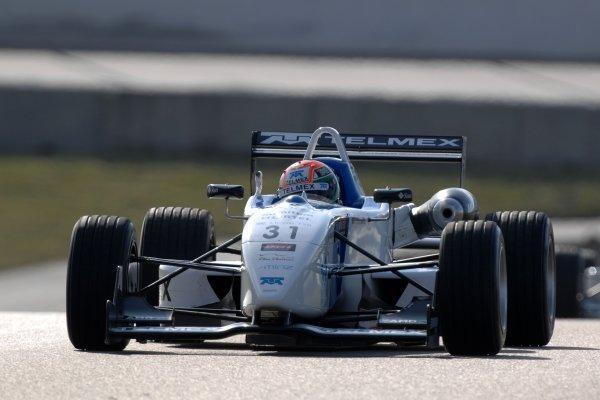 2007 British Formula Three Championship.Rockingham, England 29th and 30th September 2007.Segio Perez (MEX) T-Sport World Copyright: Jakob Ebrey/LAT