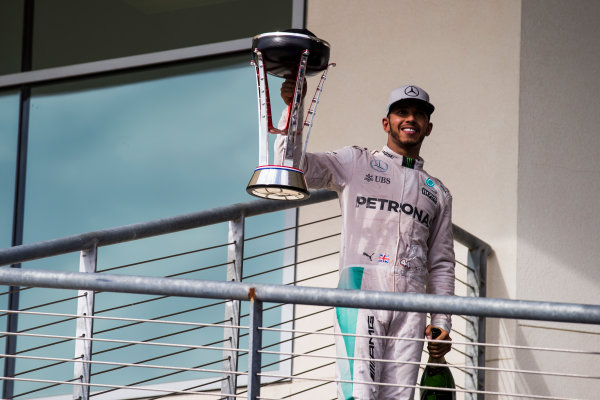 Circuit of the Americas, Austin Texas, USA. Sunday 23 October 2016. Lewis Hamilton, Mercedes AMG, 1st Position, with his trophy. World Copyright: Sam Bloxham/LAT Photographic ref: Digital Image _SLA2727_1