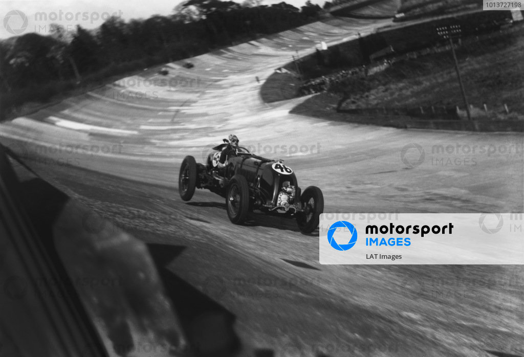1932 British Empire Trophy Race.Brooklands, England. 30th April 1932.H.R S.
