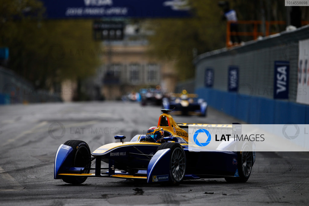 2015/2016 FIA Formula E Championship. Paris ePrix, Paris, France. Saturday 23 April 2016. Sebastien Buemi (SUI), Renault e.Dams Z.E.15. Photo: Glenn Dunbar/LAT/Formula E ref: Digital Image _W2Q2157