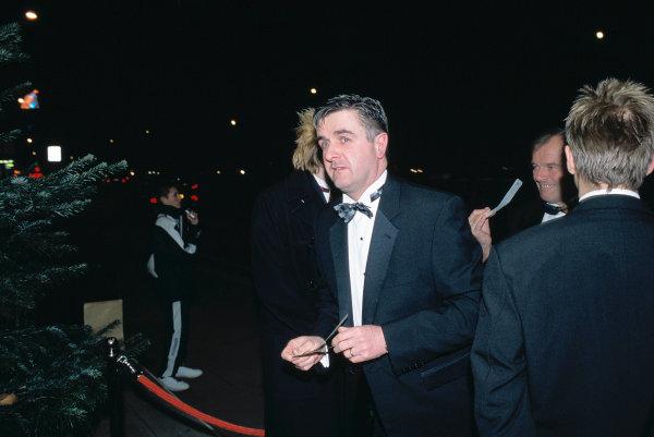2003 Autosport AwardsGrosvenor Hotel, London, EnglandMartin Donnelly arrives at the awards. Portrait.World Copyright: Gold/LATref: 35mm Transparency (30mb scan)