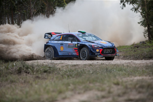 2017 FIA World Rally Championship, Round 13, Rally Australia 2017, 16-19 November 2017, Hayden Paddon, Hyundai, action, Worldwide Copyright: LAT/McKlein
