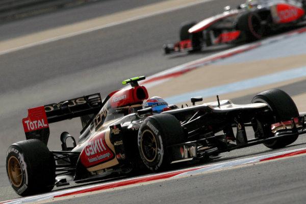 Bahrain International Circuit, Sakhir, Bahrain Sunday 21st April 2013 Romain Grosjean, Lotus E21 Renault.  World Copyright: Andy Hone/LAT Photographic ref: Digital Image HONY1571