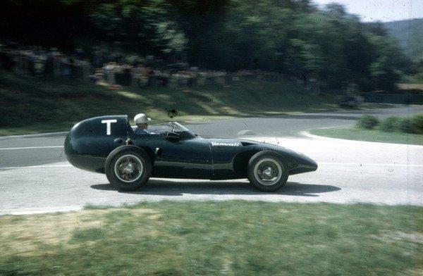 1957 French Grand Prix.Rouen-Les-Essarts, France.5-7 July 1957.Stuart Lewis-Evans (Vanwall VW4), in practice for his Grand Prix debut.Ref-57 FRA 13.World Copyright - LAT Photographic